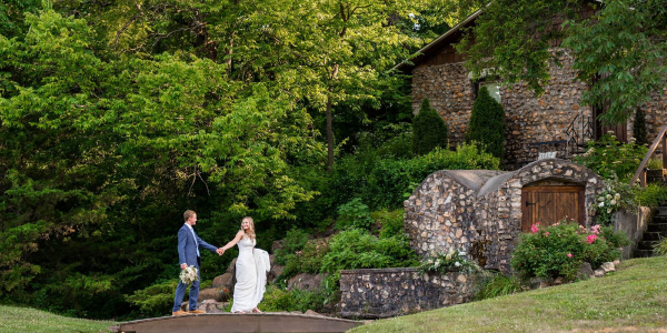 Everything You Need To Know About Spring Weddings in Joplin, MO